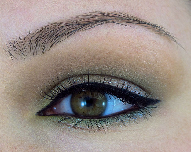 Earthy Eyeshadow Look