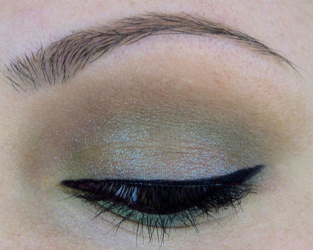 Earthy Eyeshadow Look