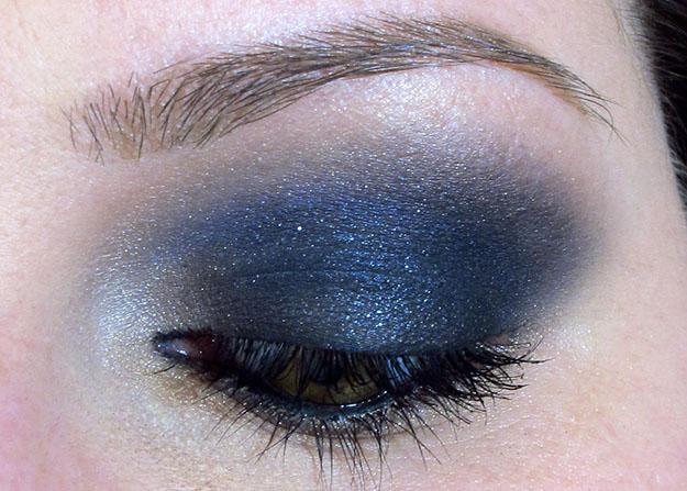 NYX Smokey Eyeshadow Palette EOTD