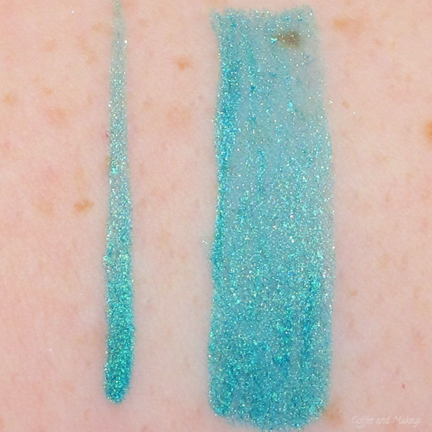 NYX Glam Lagoon Glam Liner Aqua Luxe Swatch