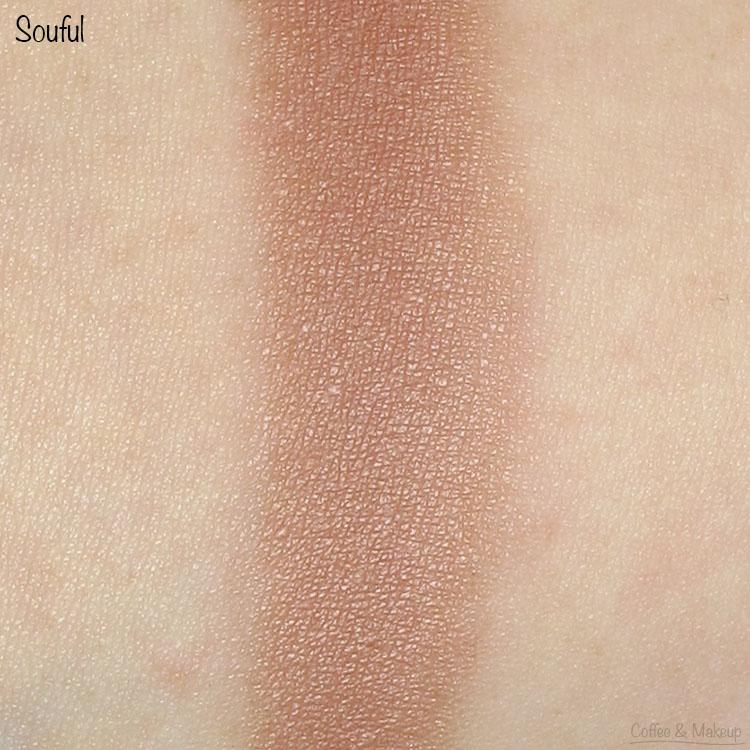 It Cosmetics Soulful Eyeshadow Swatch