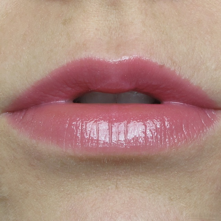 L'Oreal Dancing Rose Colour Riche Extraordinaire Lip Swatch