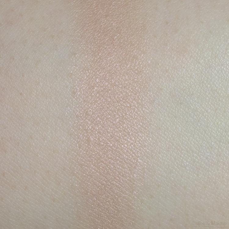 Maybelline Bare it Buff Plush Silk Eyeshadow