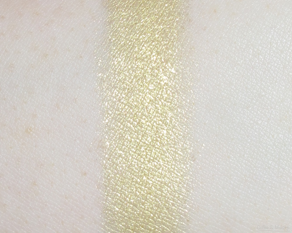 Maybelline Enticing Emerald Color Plush Silk Eyeshadow Quad Swatch - Second shade from left