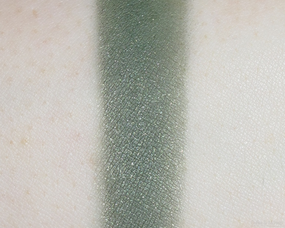 Maybelline Enticing Emerald Color Plush Silk Eyeshadow Quad Swatch - Rightmost shade