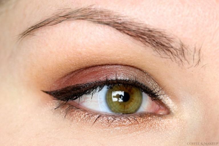 Cranberry & Mixed Metals Eyeshadow Look