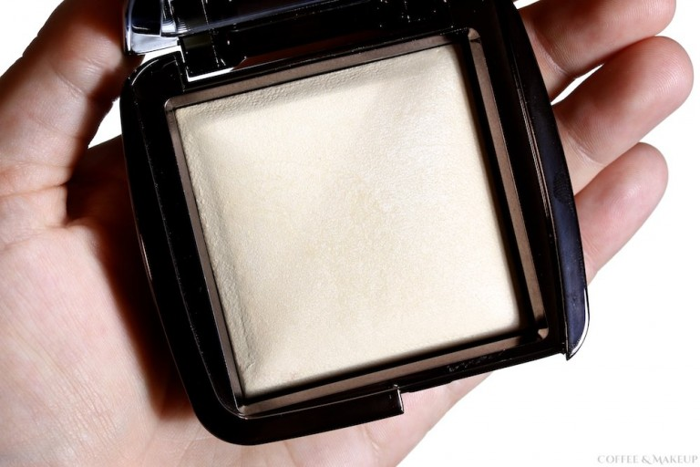 Hourglass Diffused Light Ambient Lighting Powder Review