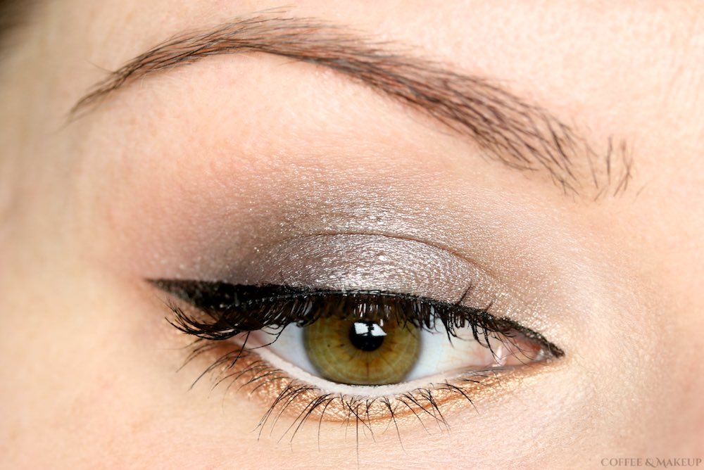 Silver & Gold Eyeshadow Look | Urban Decay Naked Smoky Palette