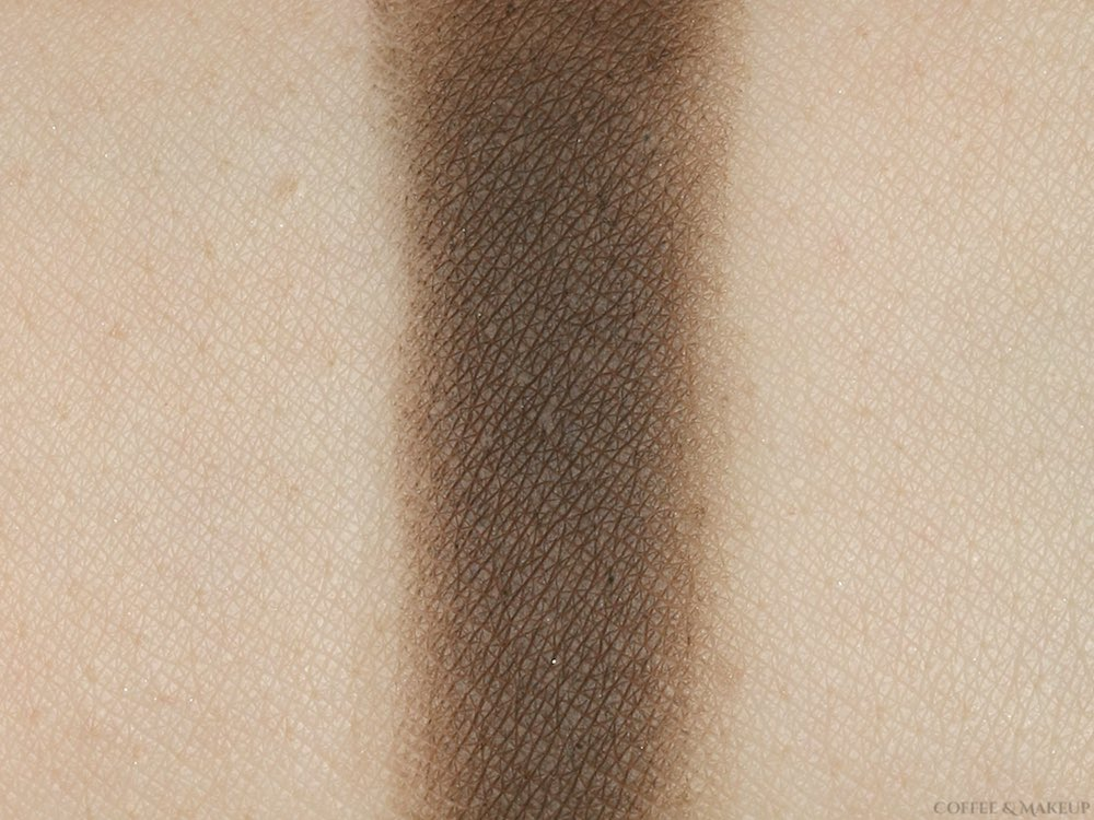 Urban Decay Whiskey Eyeshadow Swatch