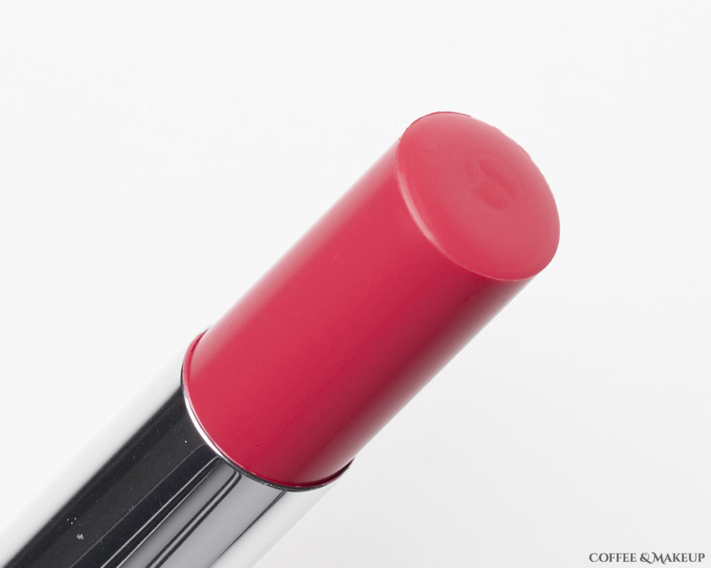 920 Lacquered Strawberry | L'Oréal Colour Riche Shine Lipstick