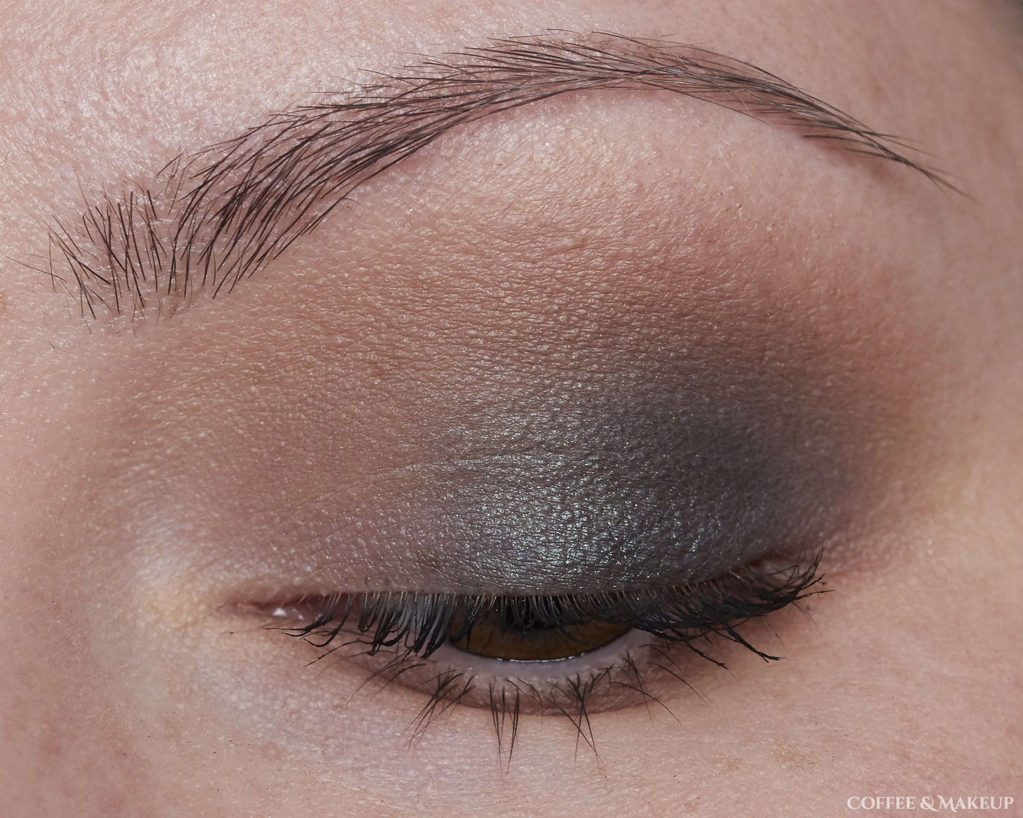 bareMinerals Aurora Lights Palette Look