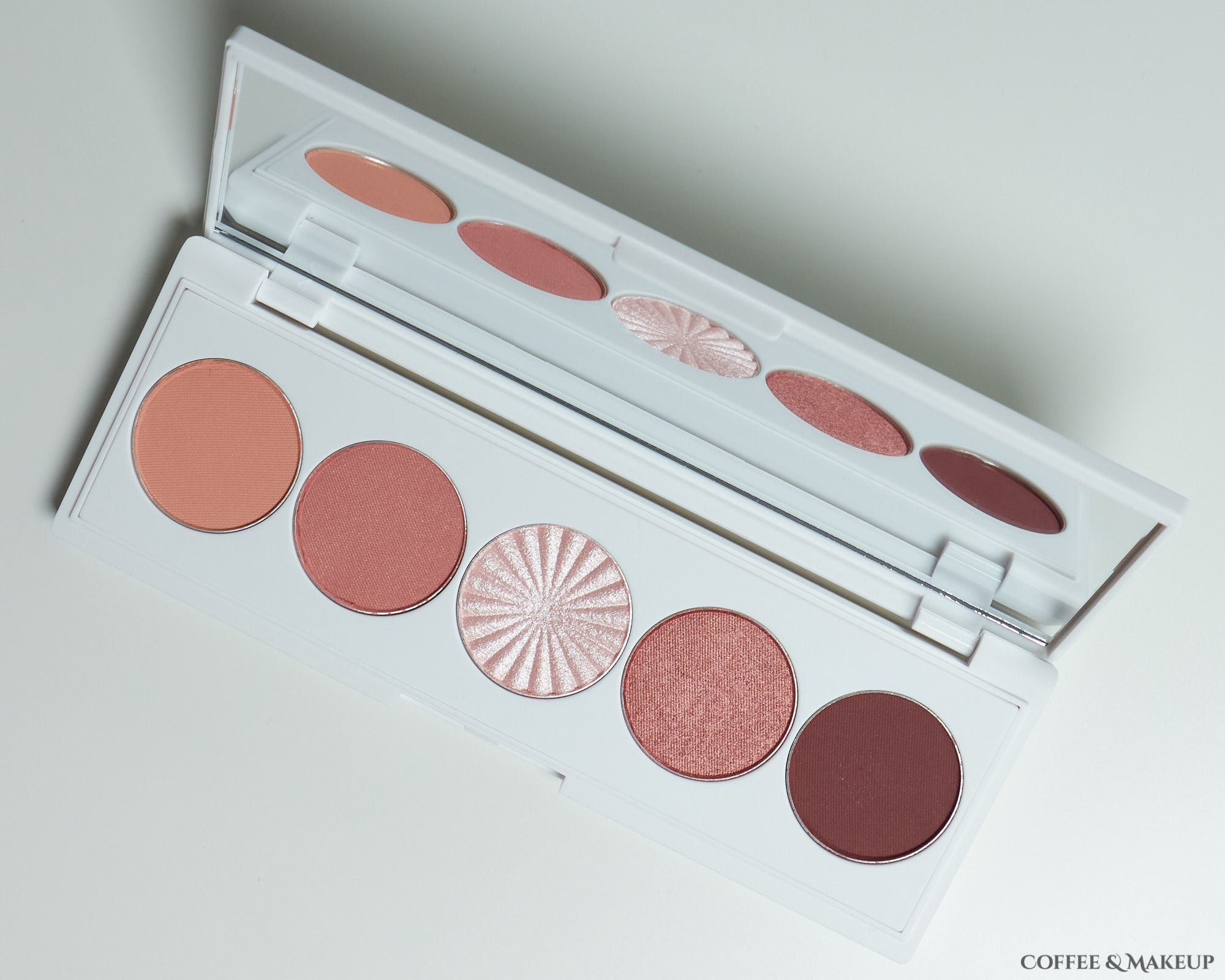 Ofra Sweet Dreams Signature Palette
