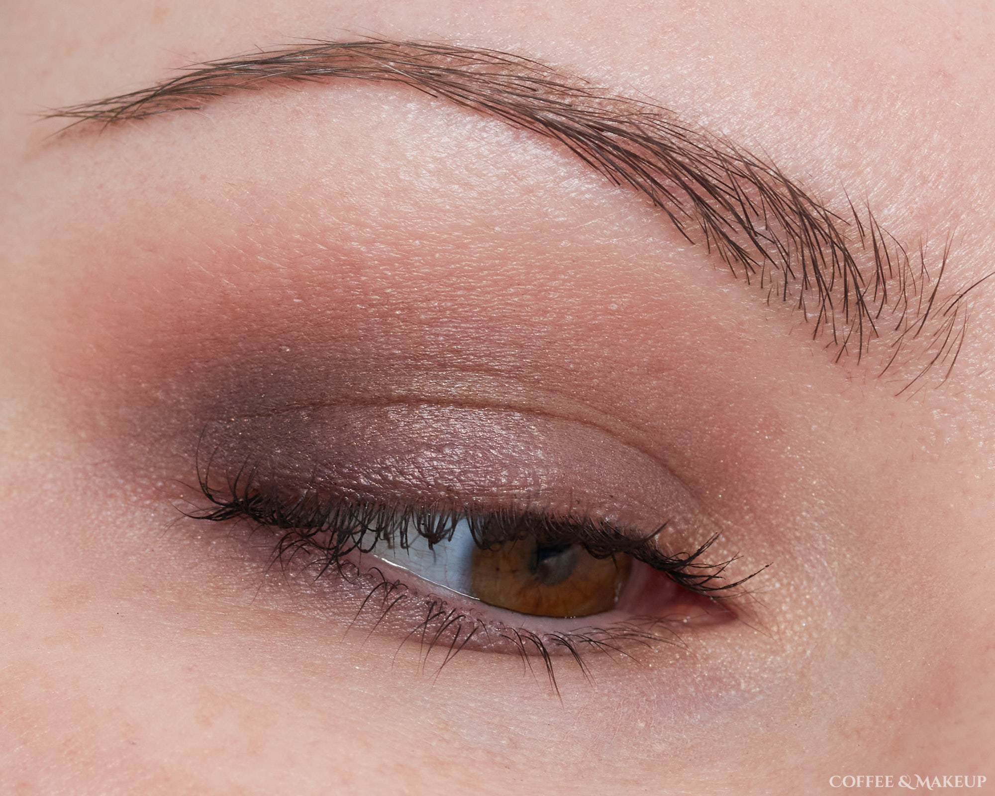 Urban Decay Naked Ultra Violet Look #1