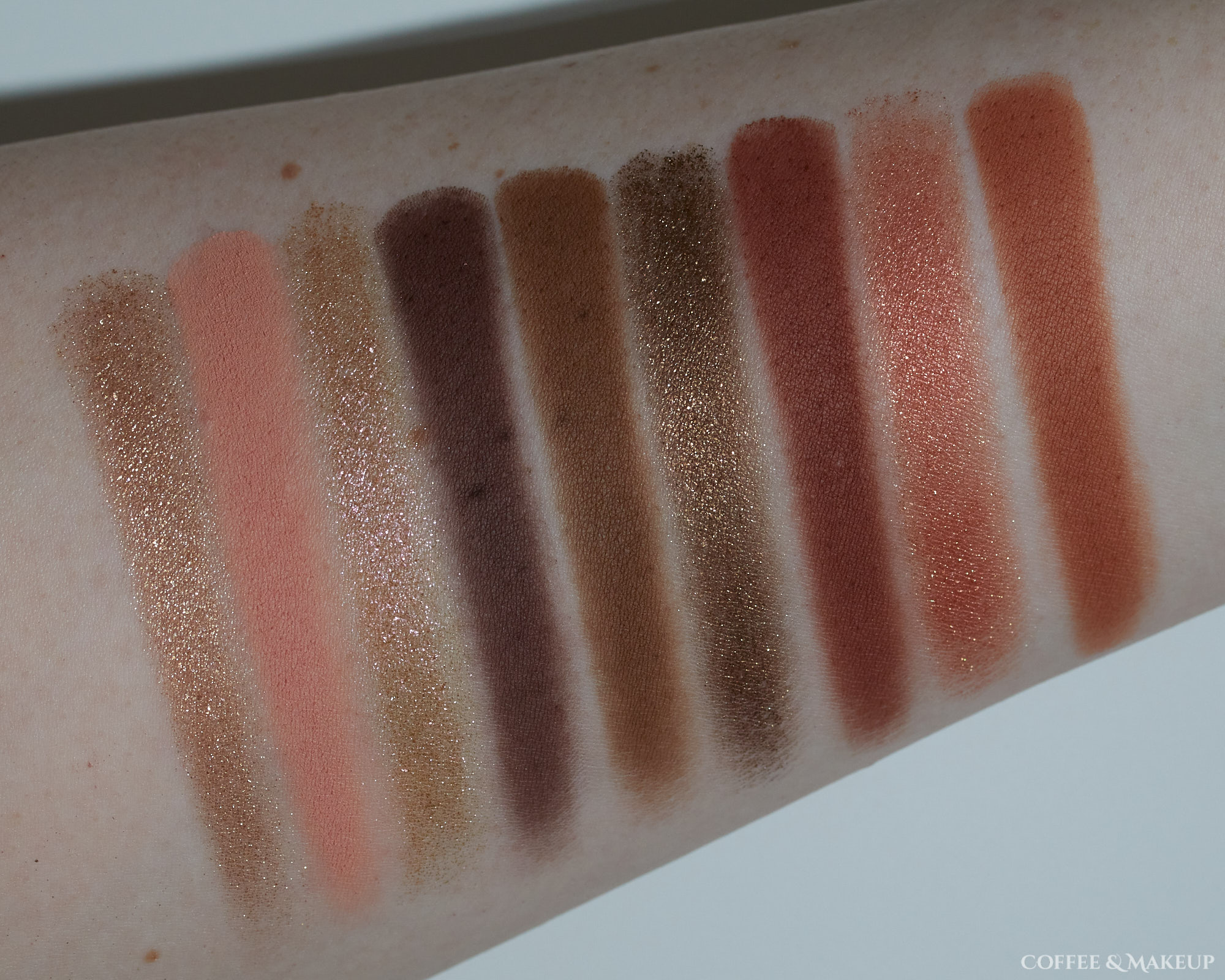 Huda Beauty Khaki Haze Palette Swatches