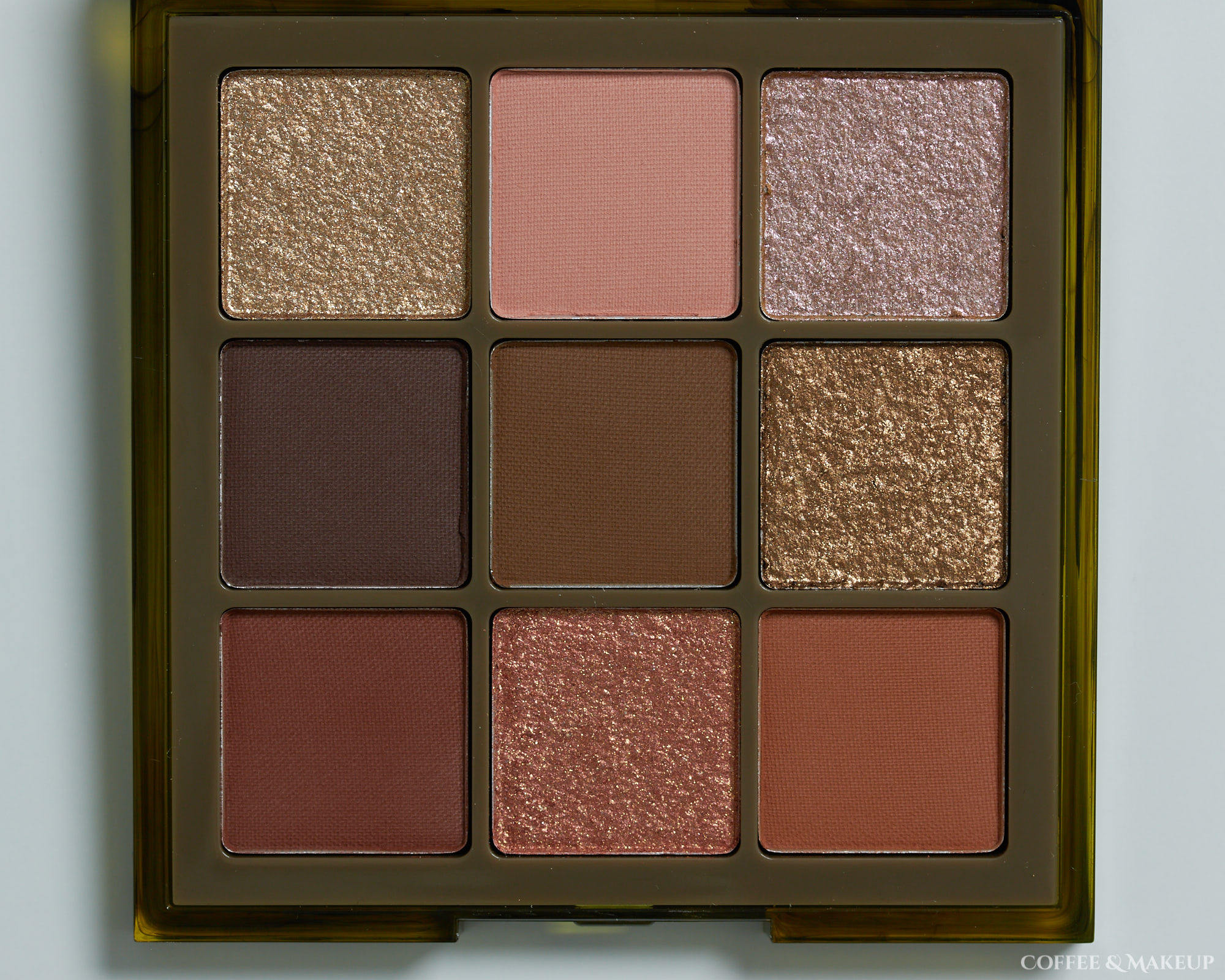 Huda Beauty Khaki Haze Palette