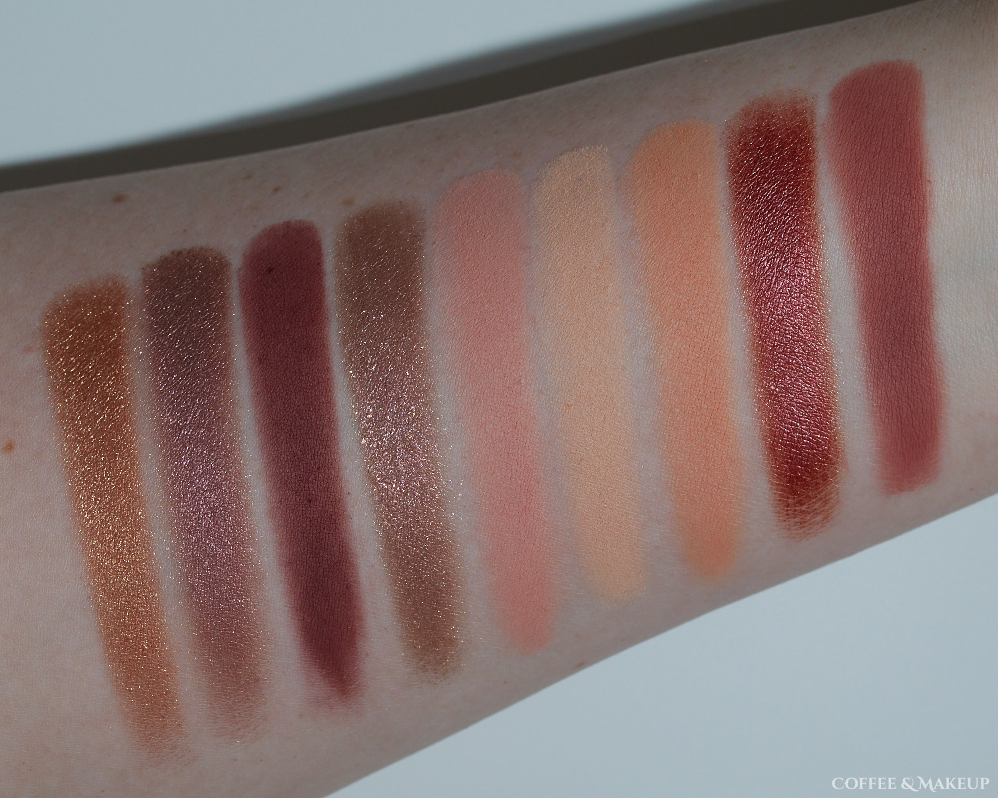 Huda Beauty Sand Haze Palette Swatches