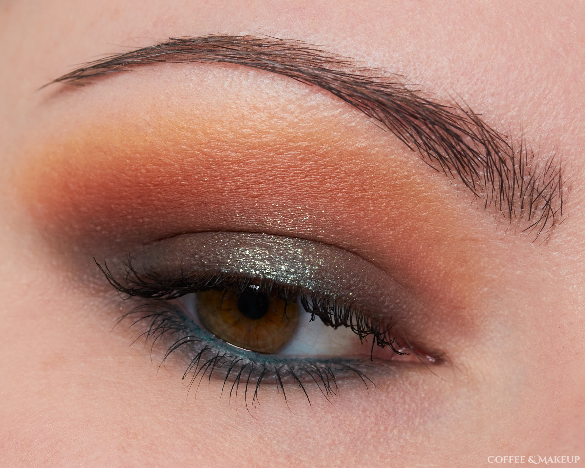 NYX Ultimate Utopia Palette Look #10